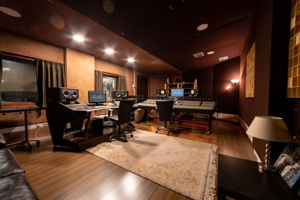 Shellac Recording Studios - control room 2